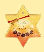 Feodora Edel-Pralinen mit Marzipan und Zimt im Stern